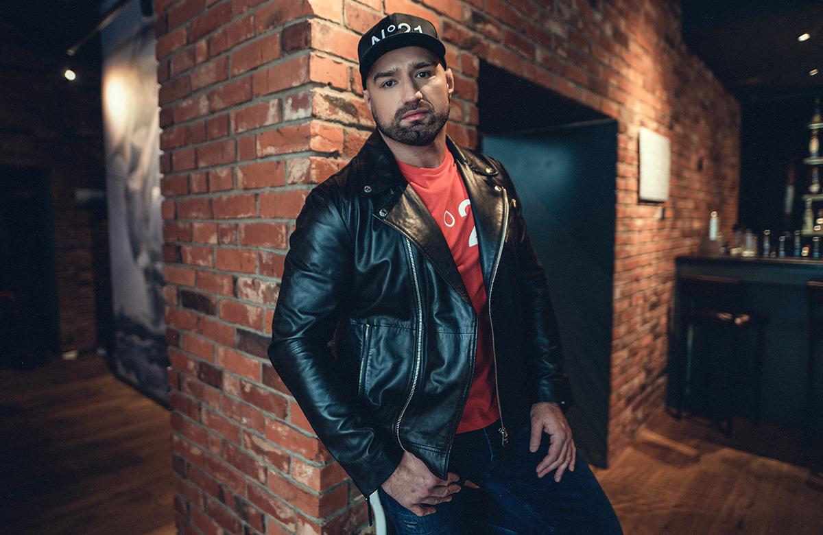 Artur Głuchowski w walce wieczoru z Michałem Kitą na gali Babilon MMA 7 25 stycznia