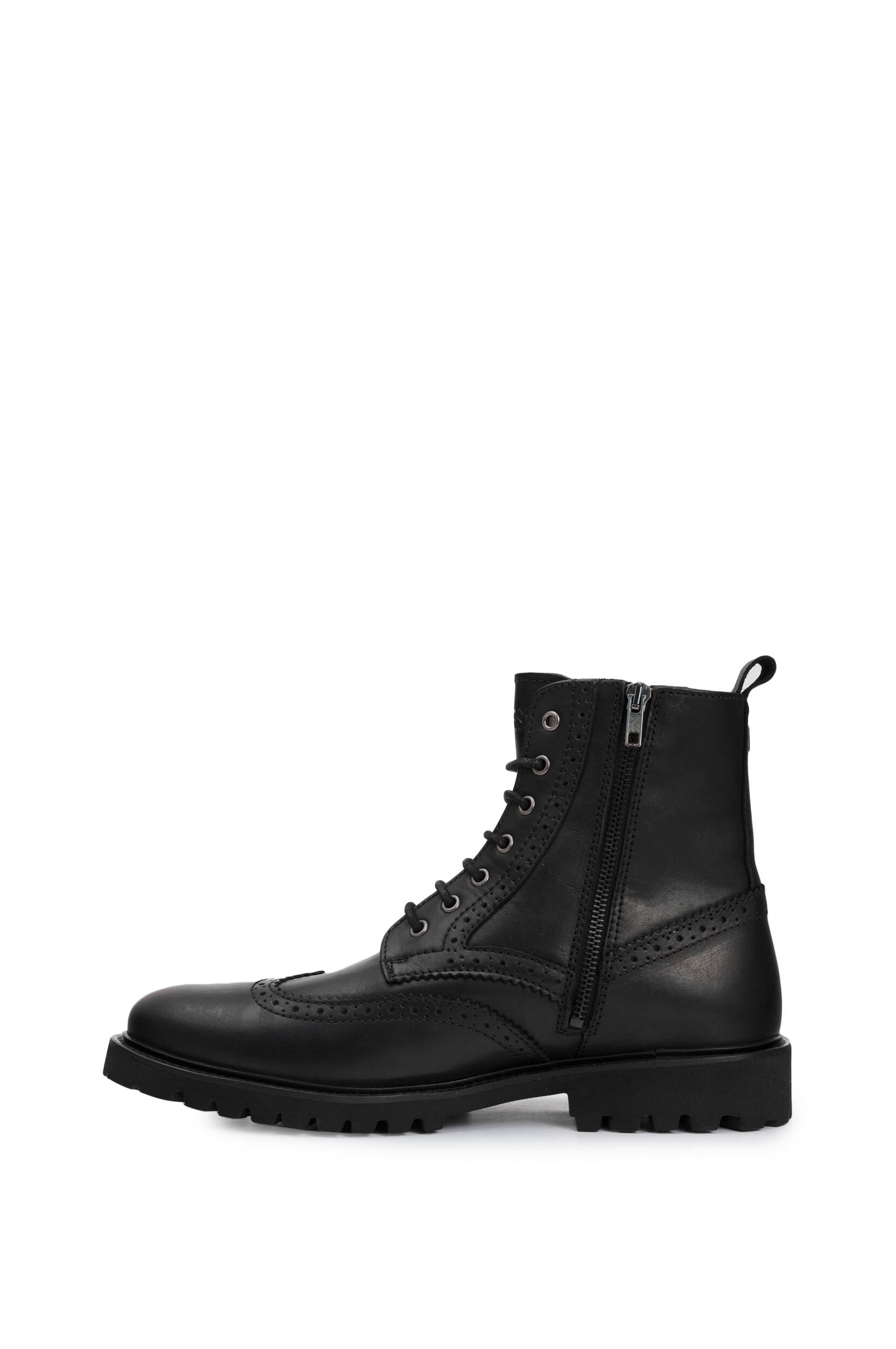 076c40b37a485 Boots Truman Guess