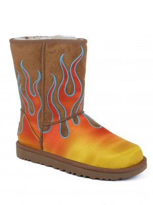UGG Snow boots W Classic Short Flames