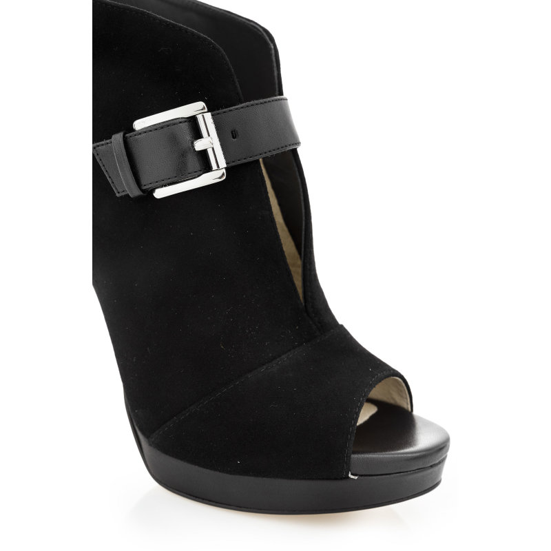 Isabella Sandals Michael Kors black