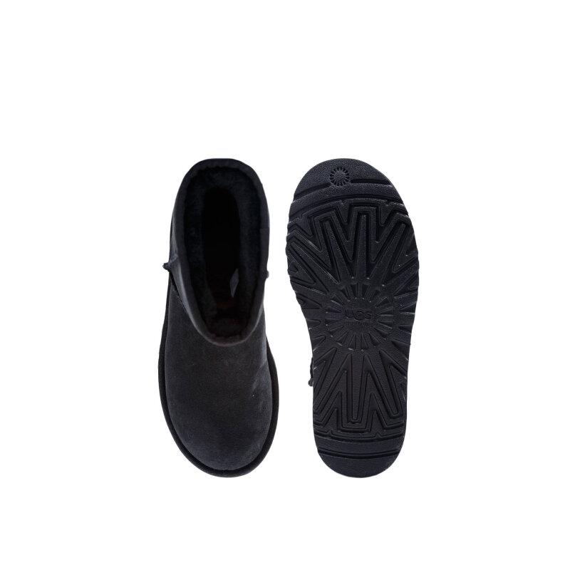 Classic Snow boots UGG black
