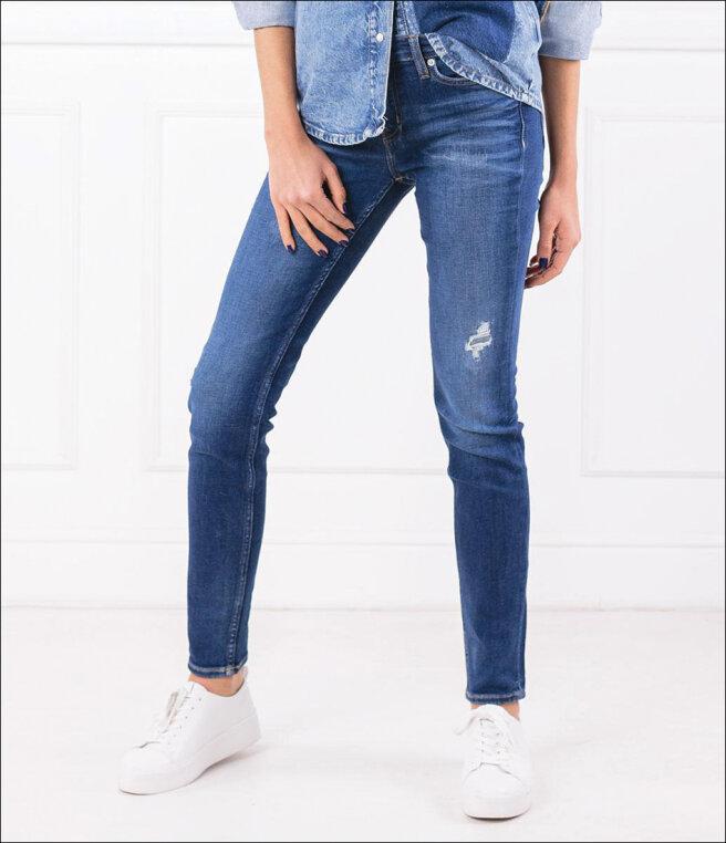 prawy-jeansy.jpg