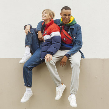 TOMMY JEANS - BACK TO 90s.