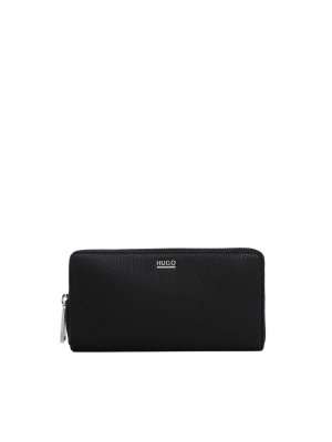 Hugo Nave wallet