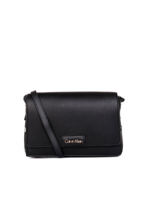 Calvin Klein Listonoszka Joli3 Convertible
