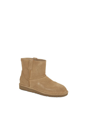 UGG Classic Low Boots