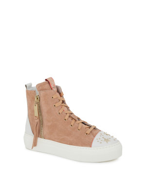 Elisabetta Franchi Moves Trainers