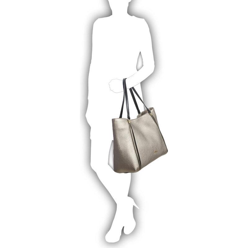 Shopperka Angie Guess złoty