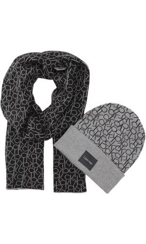 Calvin Klein Reversible scarf + cap