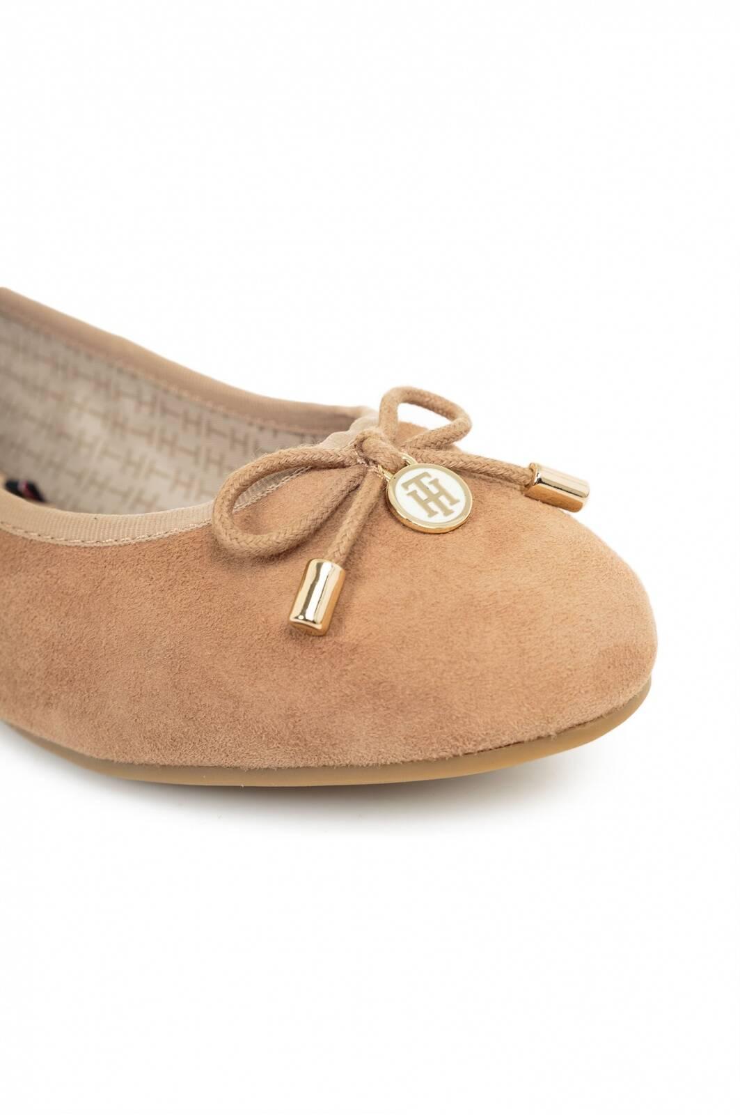 amy 54b ballerinas tommy hilfiger beige shoes. Black Bedroom Furniture Sets. Home Design Ideas