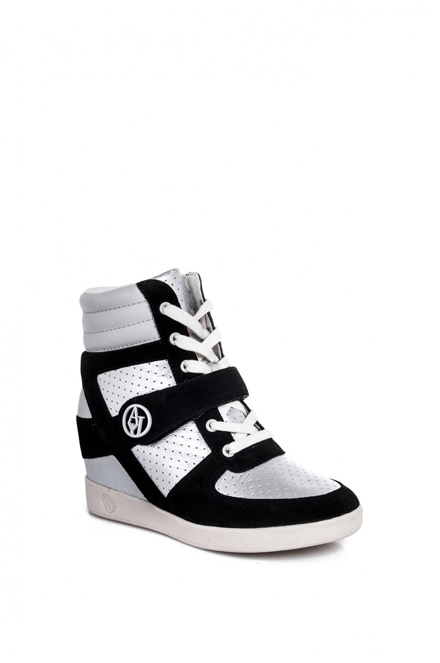 sneakers armani jeans black sneakers. Black Bedroom Furniture Sets. Home Design Ideas